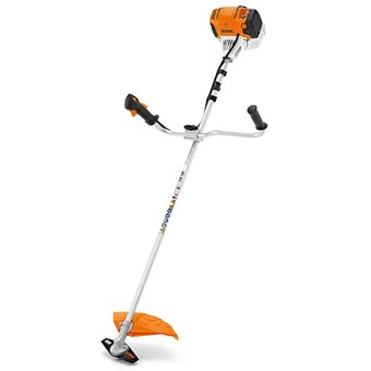Stihl FS 131 Powerful petrol brushcutter for landscape maintenance