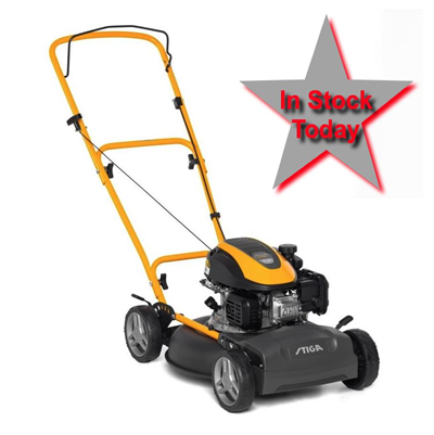 Stiga Multiclip 47 Hand Propelled Mulching Lawnmower with 123cc Petrol Engine